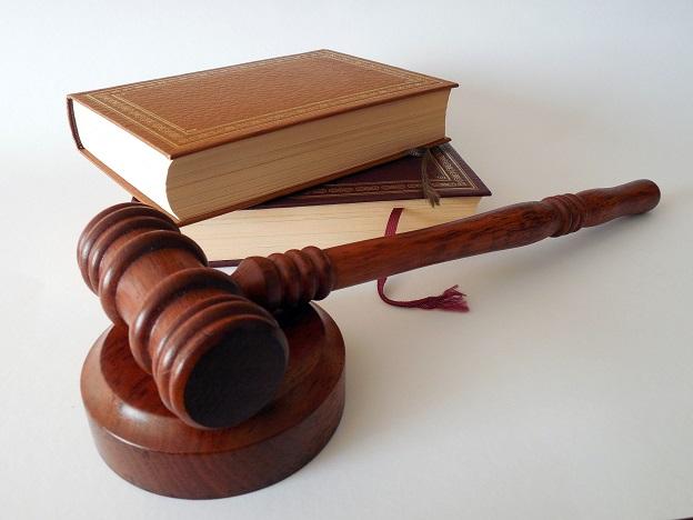 Juristisch gegen Krankenkasse vorgehen