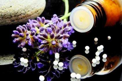 naturheilkunde naturmedizin heilkräuter heilpraktiker